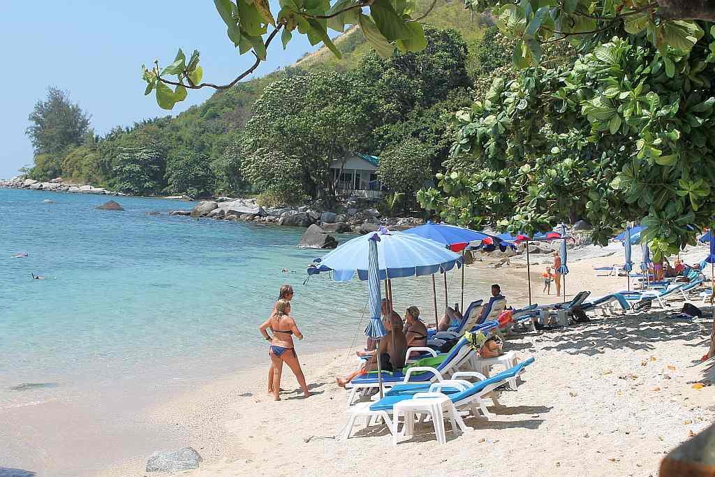 ao sane strand phuket nai harn