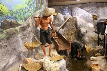 zinnabbau phuket museum