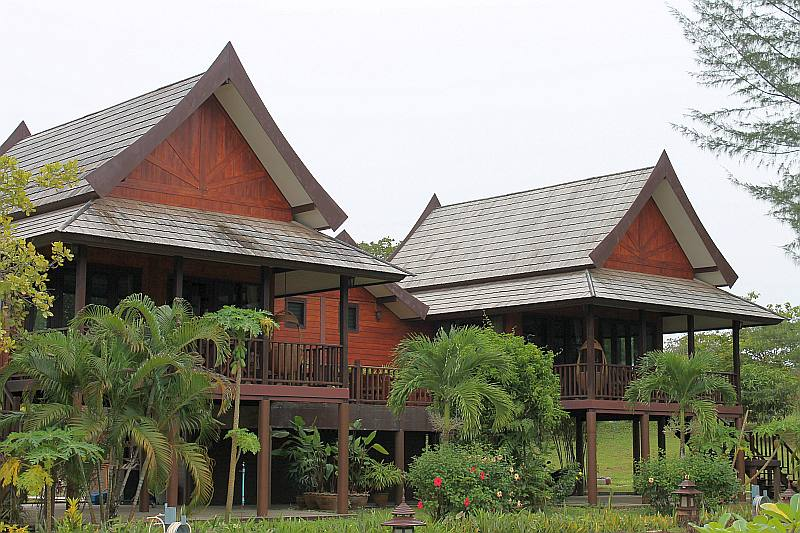 thailife homestay resort khao lak