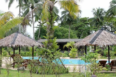 thailife homestay resort pool