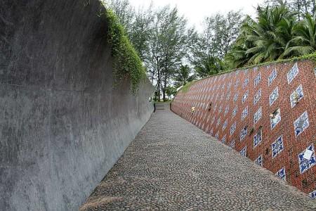 tsunami memorial baan nam khem