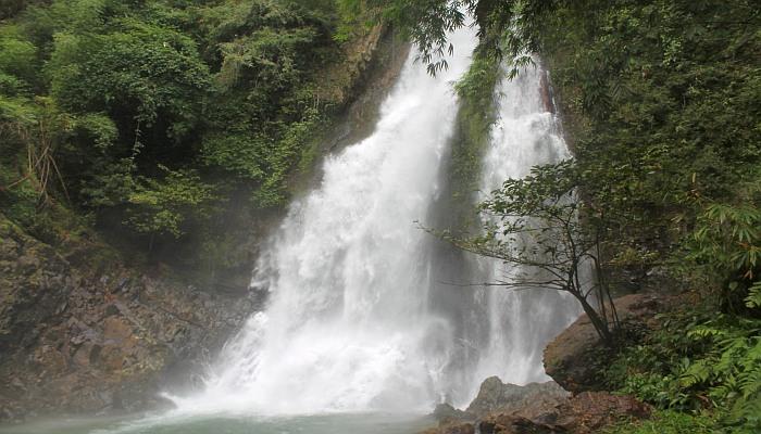 krung chin wasserfall khao luang nationalpark