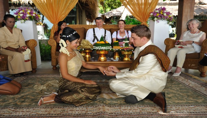 Heiraten in thailand buddhistisch
