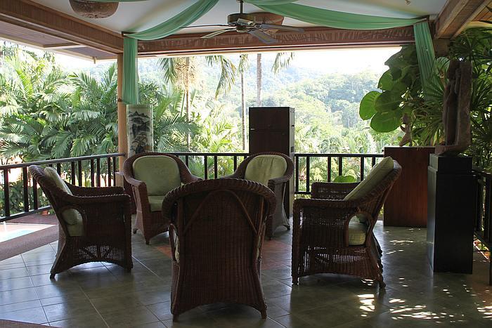 erdgeschoss ferienvilla phuket nai harn 2