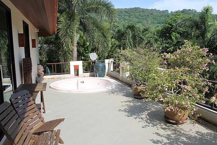 terasse schlafzimmer ferienhaus phuket thailand