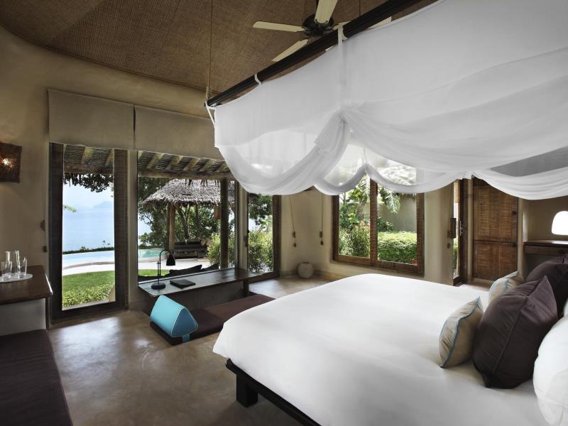 luxus hotel phuket naka island resort
