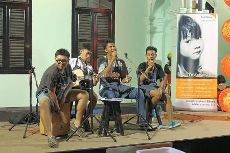 schülerband phuket town live musik old town festival