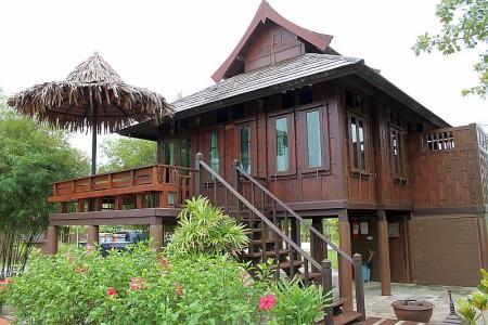 dusita villa thailife homestay khao lak