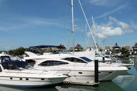 yacht charter phuket