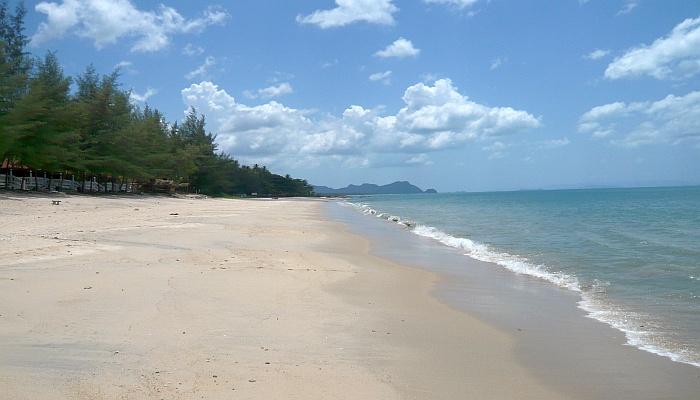 had nai plao khanom beach nakhon sri thammarat