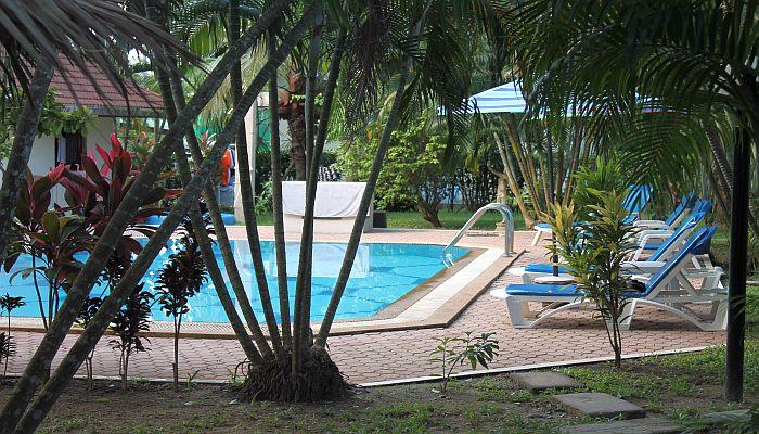 rawai garden resort phuket thailand