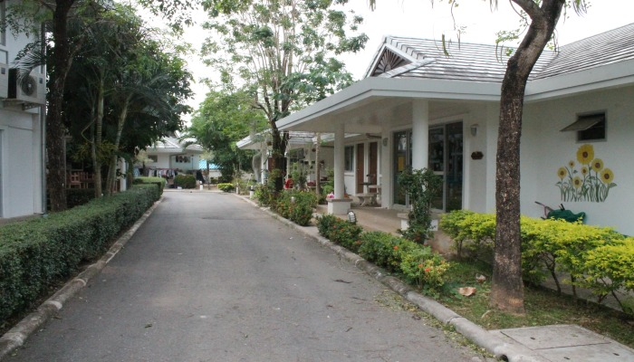 phuket sunshine village1