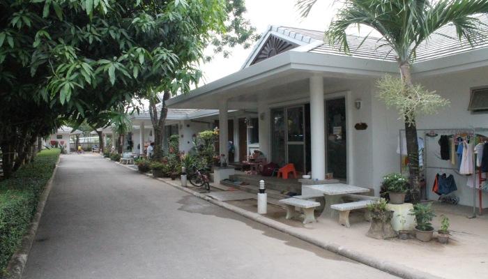 phuket sunshine village3
