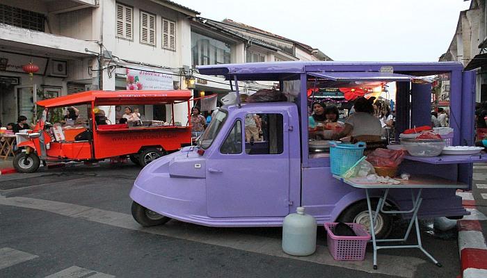 phuket town altstadt thalang road sonntagsmarkt