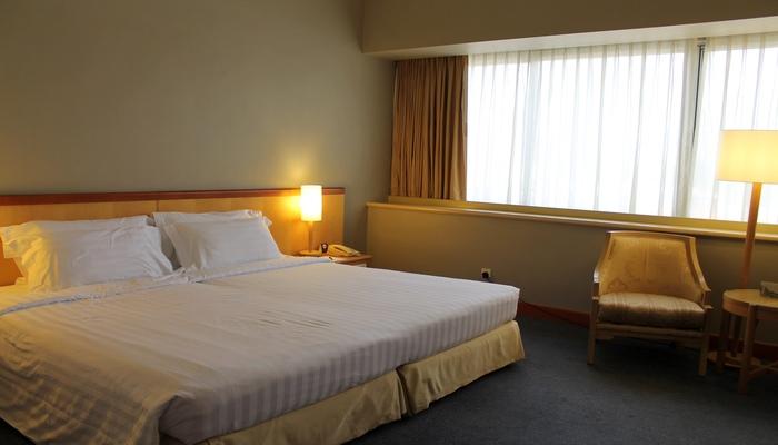 furama riverfront hotel singapur