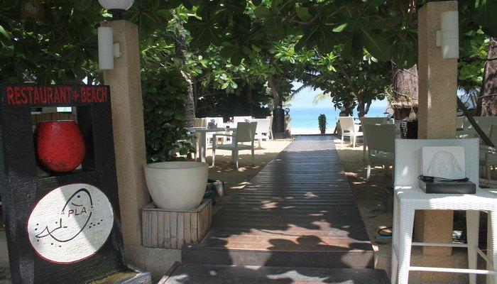 pla restaurant strand surin phuket