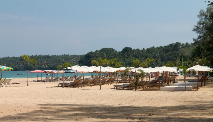 salt on surin beach club phuket