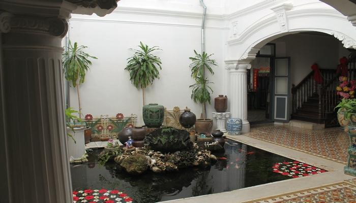 chinpracha haus phuket town