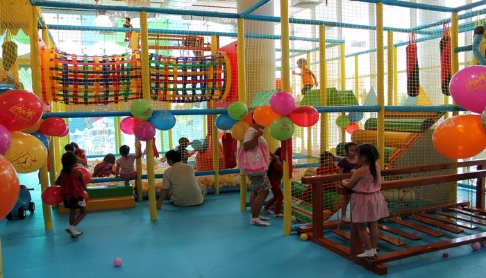 kids club patong spielplatz