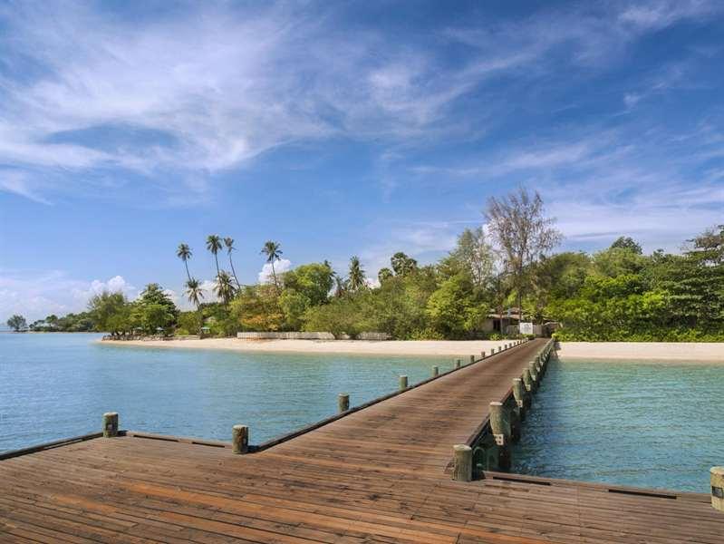 luxus hotel phuket naka island
