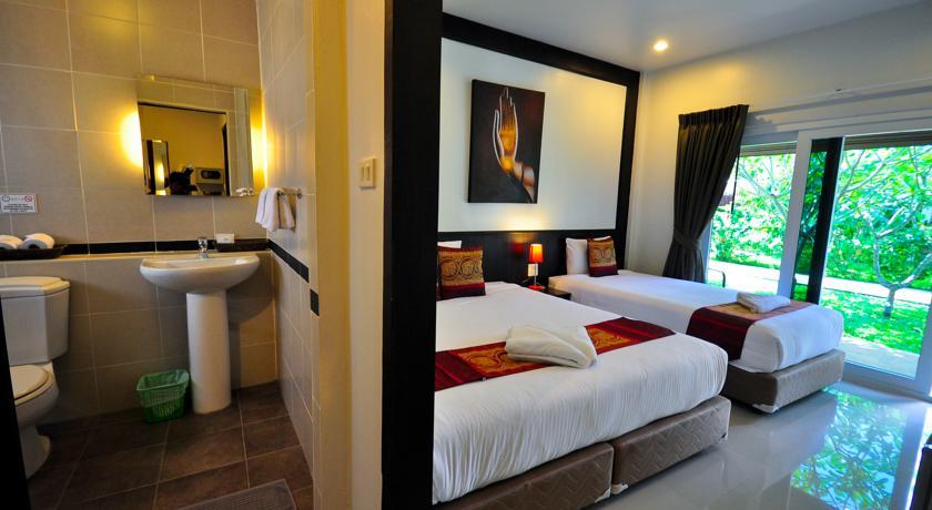 Phuket Airport Hotel-mai khao