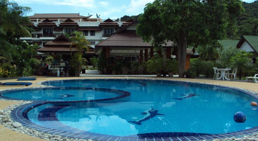 Phi Phi Andaman Legacy Resort 2