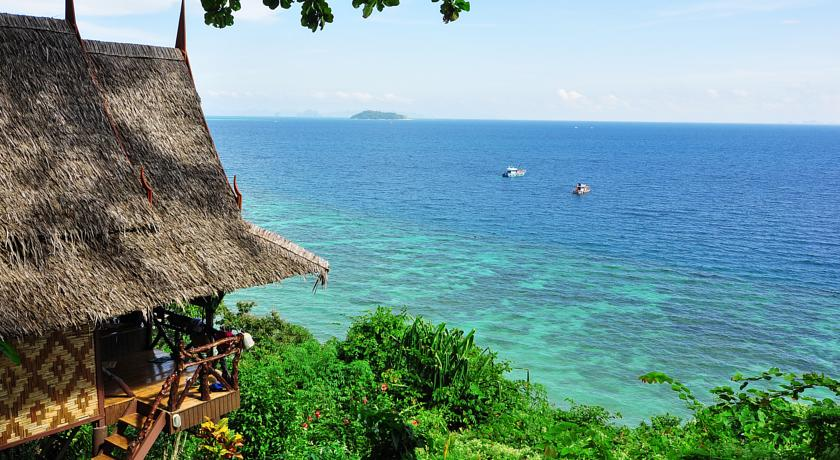 Phi Phi Relax Beach Resort 3