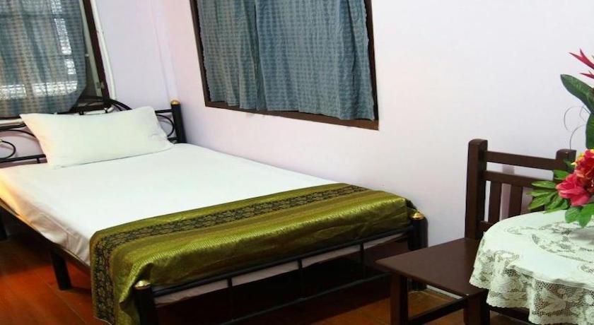 Baan Chana Songkram Hostel Zimmer