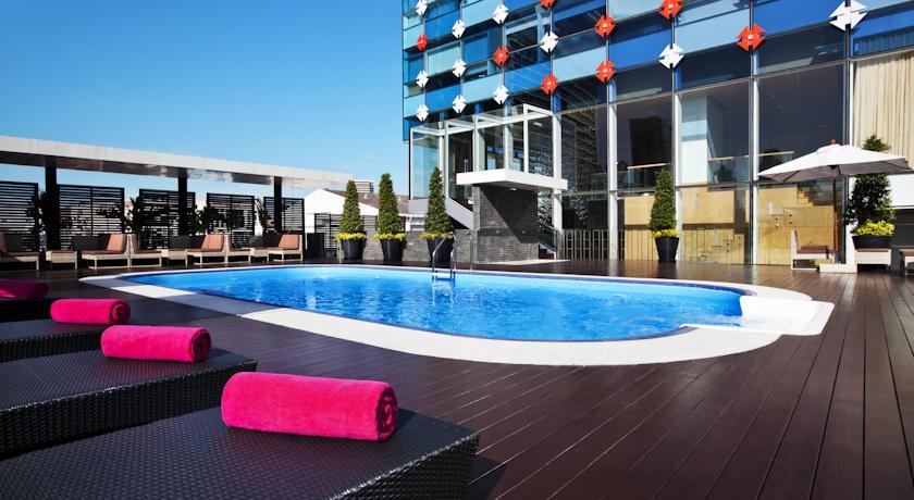GLOW Pratunam Hotel Pool