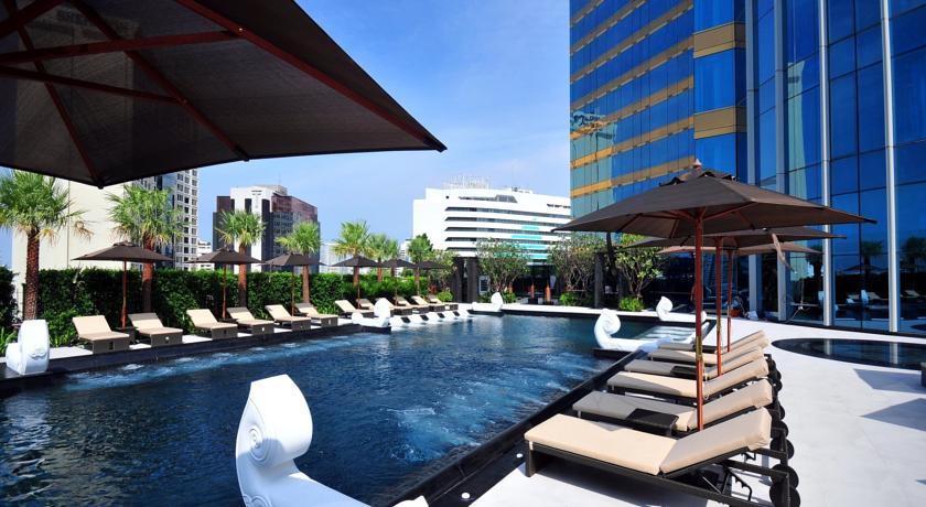 Grande Center Point Hotel Terminal Pool