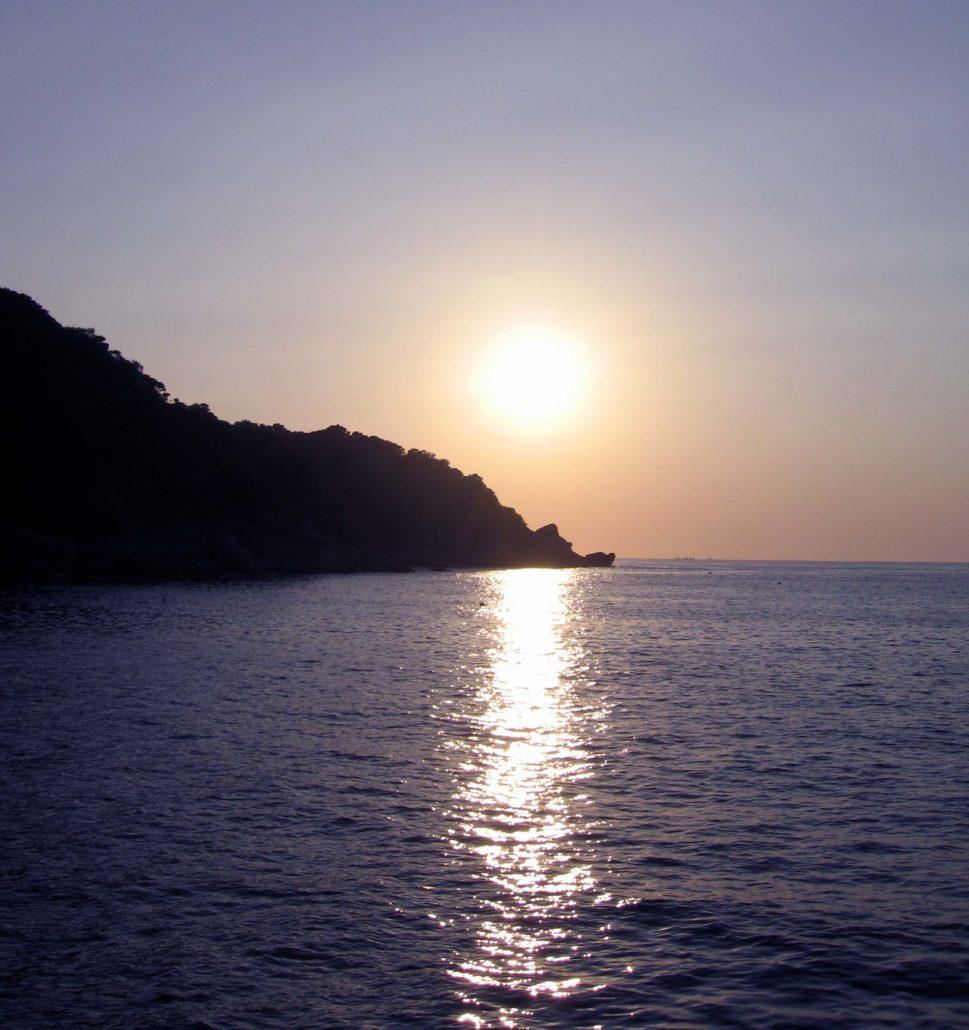 tauchen thailand sonnenuntergang